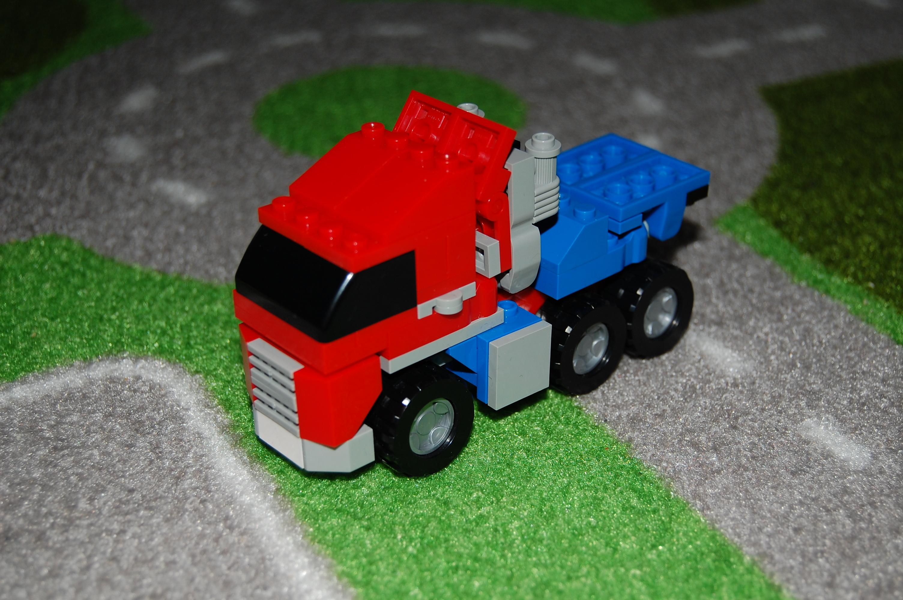 Optimus Camion